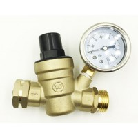 Brass pressure regulator